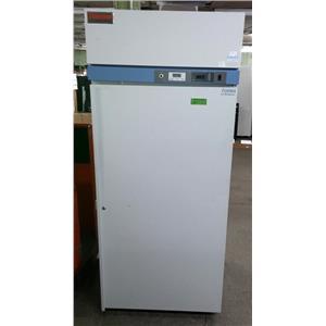 THERMO FISHER SCIENTIFIC FRGL3004A21 Lab Refrigerator