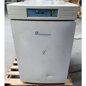 Forma Scientific 3110 Water Jacketed CO2 Incubator