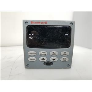 Honeywell UDC2500 Temperature Controller DC2500-EE-0L00-200-00000-E0-0