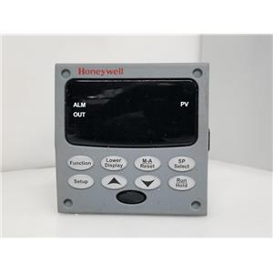 Honeywell UDC2500 Temperature Controller DC2500-C0-0A00-100-00000-00-0