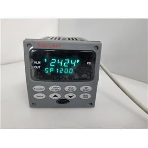 Honeywell UDC2500 Temperature Controller DC2500-EE-0L00-100-00000-00-0