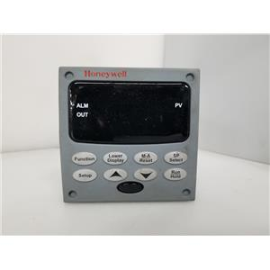 Honeywell UDC3200 Temperature Controller DC3200-EE-000R-240-10000-00-0