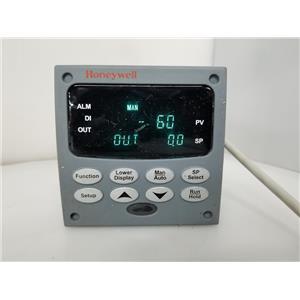Honeywell UDC3200 Temperature Controller DC3200-C0-000R-210-00000-00-0